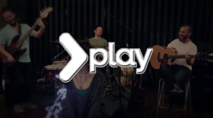 Ceylan Ertem – Odalarda Işıksızım (Kayahan) Video Klip